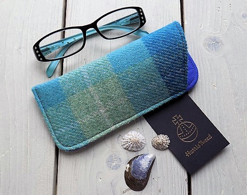 Harris Tweed eyeglasses case in turquoise tartan