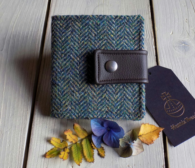 Harris Tweed bifold wallet in dark teal herringbone