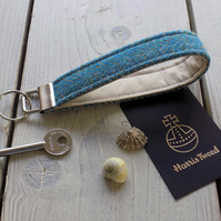 Harris Tweed key fob wrist strap in Turquoise and beige herringbone