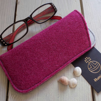Harris Tweed eyeglasses case in deep magenta herringbone