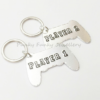 Player 1 Player 2 Keyring Pair - Couples Keychains - Matching Daddy Son Gift
