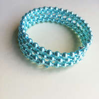 Aquamarine pearl and rocaille bead bracelet