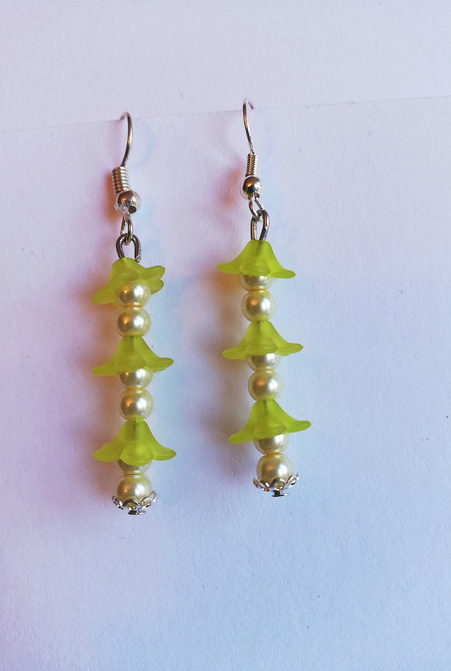Cream pearls and lemon-green petals earrings