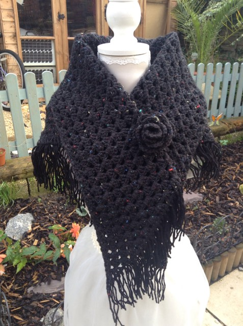 crochet wrap shawl hug fashion accessories
