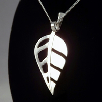 Leaf Pendant (Large), Silver Nature Necklace, Handmade Wildlife Jewellery