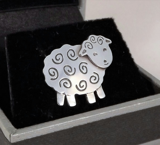 Sheep Tie Pin