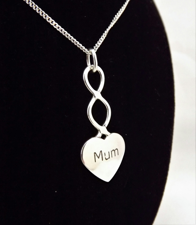 Large Mum Heart Pendant