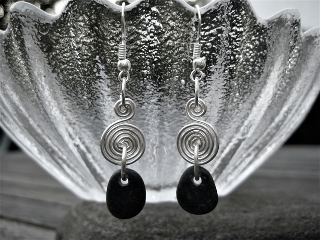 Slate grey black stone silver wire pin-wheel drop earrings Welsh jewellery