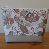 Contemporary Floral Fabric Toiletries Bag Large Make Up Cosmetics Case