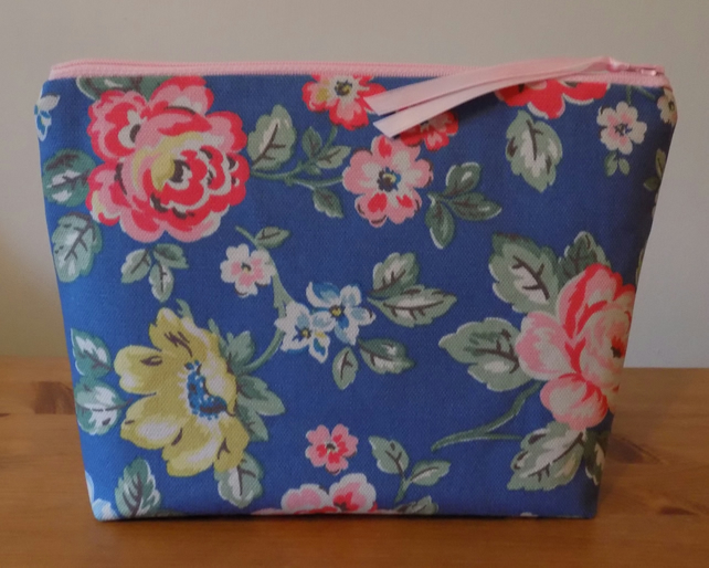 Cath Kidston Floral Fabric Toiletries Bag Make Up Case