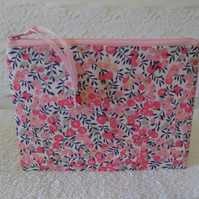 Liberty Floral Fabric Storage Pouch Make Up Case Bag