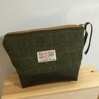 Handmade toiletry bag made from genuine Harris Tweed, the bottom half of the bag