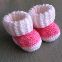 Gorgeous crocheted booties