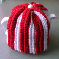Lovely crocheted tea cosy