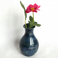18-348 Stoneware pottery hand thrown bud vase small