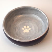 19-260 Hand thrown pawprint bowl in purple (Free UK postage)