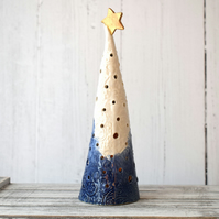 19-381 Ceramic Christmas Tree Tea Light Holder (UK postage free)
