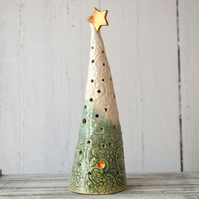 19-378 Ceramic Christmas Tree Tea Light Holder