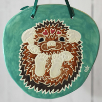 19-372 Ceramic plaque with hedgehog picture (Free UK postage)