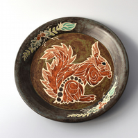 A95 Decorative squirrel plate (Free UK postage)