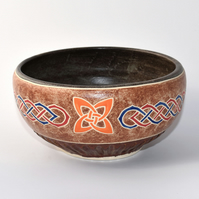 A143 - Stencilled bowl with celtic knot design  (Free UK postage)