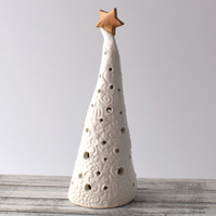 A107 Ceramic Christmas Tree Tea Light Holder (UK postage free)