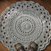 crochet carpet, rug, mat - 96cm diameter, cappuccino color