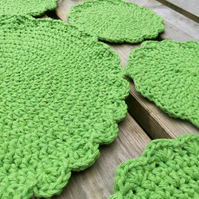Crochet dressing table mat set, place mats, coasters green