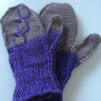 Decorative mittens