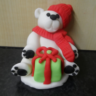 Edible Polar Bear Christmas cake topper