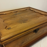 Large Keepsake Box in rustic style. Solid Wood Memory Box.