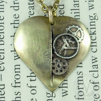 Spectacular Brass Clockwork Heart Steampunk Pendant with FREE Pendant Box