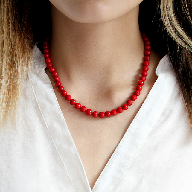 Classic Beaded Red Coral Necklace, a perfect Christmas gift for Mum