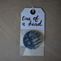 Blue and white ceramic brooch (various designs)