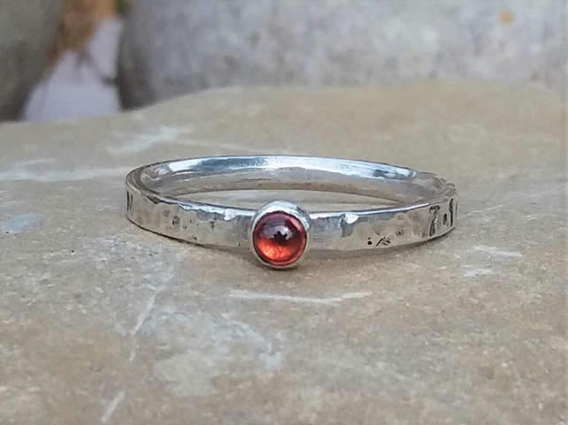 Personalised 3mm Garnet, January birthstone, name and DOB sterling silver ring