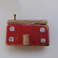 Little red house - fridge magnet