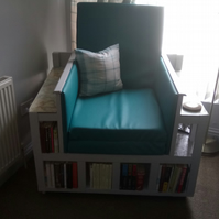 Travelers Book chair