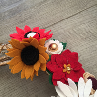 Felt flower Christmas wreath. Perfect entryway decor. Poinsettia wreath.