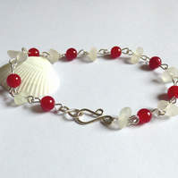 Sea Glass & Agate Bead Red & White Bracelet - Sterling Silver Hook Clasp B170087