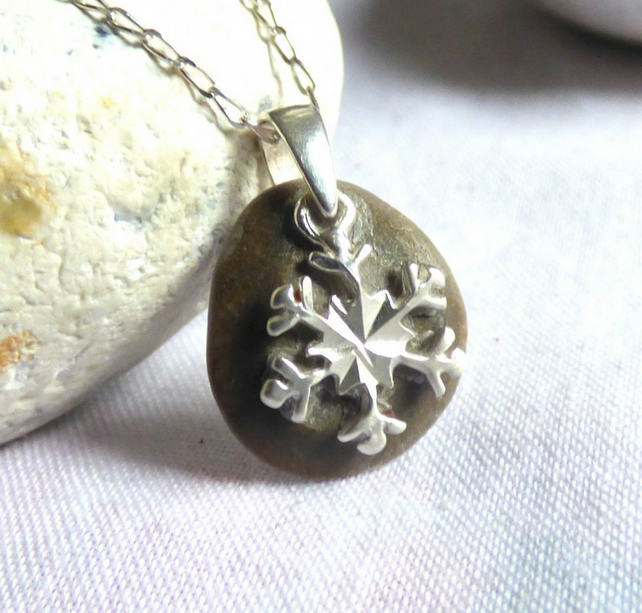 Beach Stone Pendant Necklace with Sterling Silver Snowflake Charm PI17003