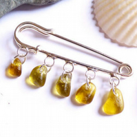 Amber-Yellow Sea Glass Brooch-Kilt Pin Silver Plated Scottish Safety Pin AD17003