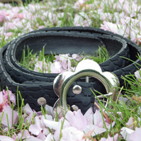 Tire Belt with Flower Buckle