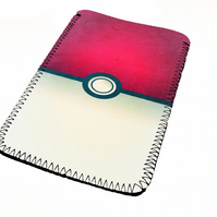 Pokemon pokeball kindle & e reader soft sleeve for all kindle models