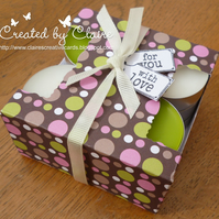 HANDCRAFTED DOTTY TEA LIGHT HOLDER BOX AND CANDLES