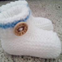 Baby booties, knitted baby booties, It's A Boy, baby shower gift 0-3 months