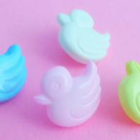 10 Baby Duck buttons 15mm