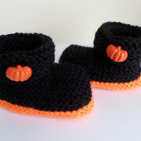 Halloween baby booties hand knitted pumpkin party outfit