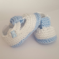 Hand knitted baby boy booties Shoes 0-3 months