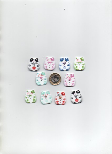 ChrissieCraft 10 assorted stylised JAPANESE wooden CAT craft buttons