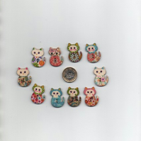 ChrissieCraft 10 hand-finished printed FLORAL CAT wooden craft buttons